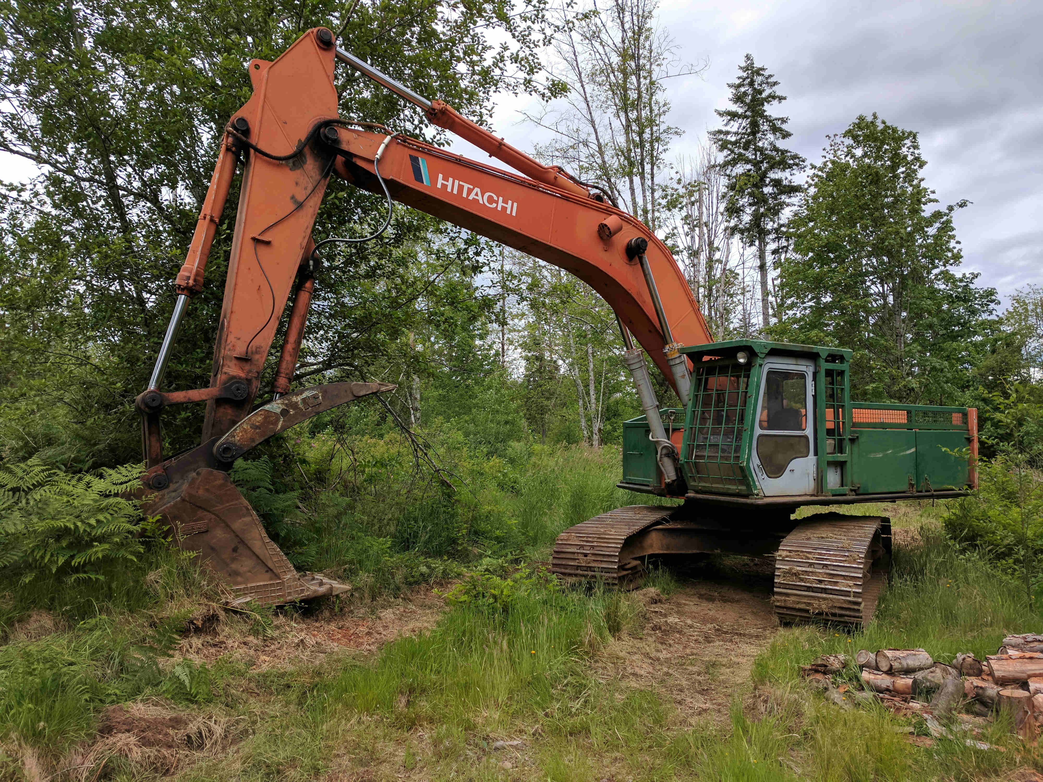 hitachi ex 300 road builder excavator welcome to royquip used bc